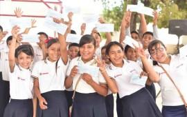 inicia-entrega-de-becas-escolares-en-nayarit
