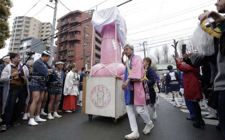 japon-celebro-el-festival-del-pene