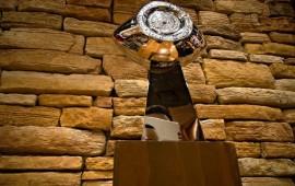presentan-el-trofeo-del-tazon-mexico