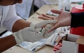 realizan-pruebas-gratis-de-deteccion-de-vih-en-la-plaza-principal-de-tepic