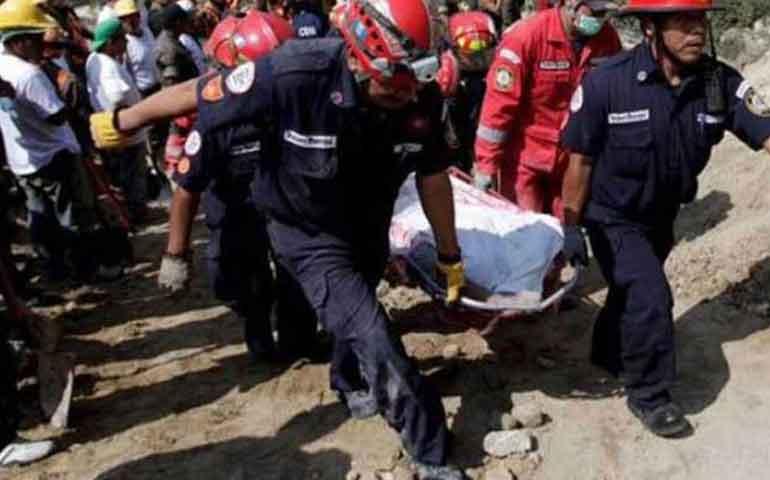 se-derrumba-basurero-en-guatemala-hay-cuatro-muertos