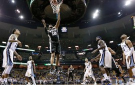 spurs-barre-a-grizzlies-y-avanza-en-playoffs
