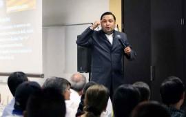 toni-figueroa-imparte-conferencia-empresario-exitoso2
