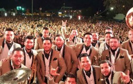 video-banda-el-recodo-presenta-cover-de-another-brick-in-the-wall