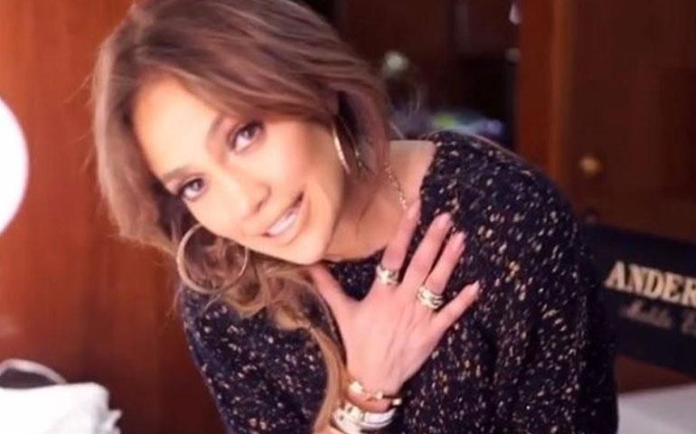 cantan-ronaldo-y-j-lo-en-videoclip