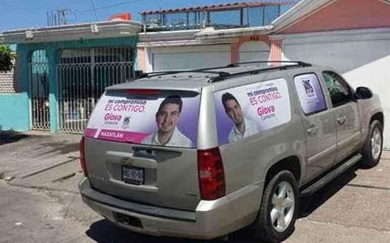 despojan-de-su-camioneta-a-candidato-en-mazatlan