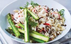 ensalada-tibia-de-arroz-salvaje-con-surimi-2