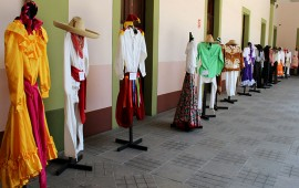 gran-muestra-de-vestuario-folcloricoV17