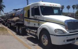 policia-federal-recupera-63-mil-litros-de-asfalto-en-nayarit