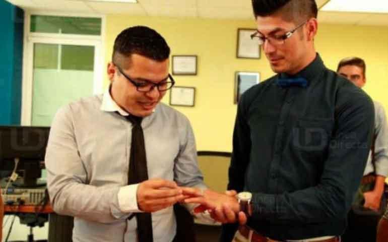 realizan-la-primera-boda-gay-en-sinaloa