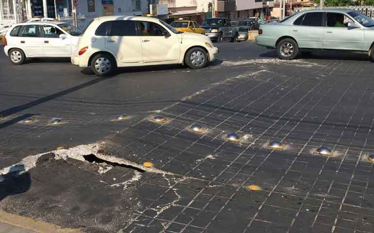 se-levanta-concreto-de-la-avenida-mexico