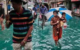suman-24-muertos-en-bangladesh-por-ciclon-roanu