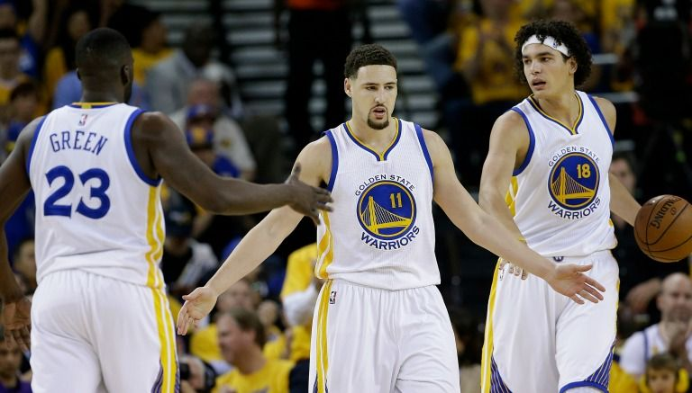 warriors-sigue-con-vida-tras-vencer-al-thunder