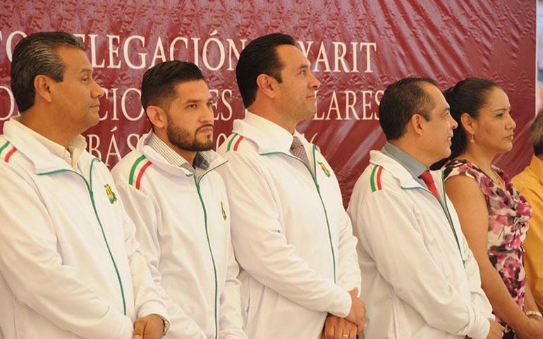 abanderan-a-la-delegacion-nayarita