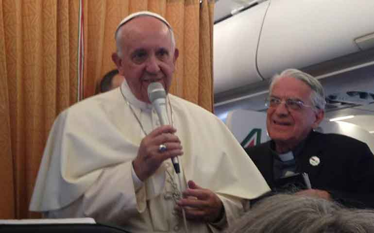iglesia-debe-una-disculpa-a-los-gays-por-marginarlos-papa