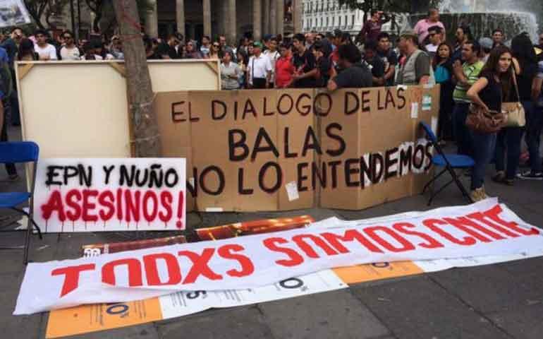 marchan-en-jalisco-en-solidaridad-con-maestros-de-oaxaca
