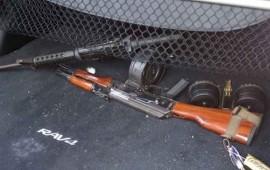 aseguran-armas-cartuchos-y-droga-en-un-vehiculo-en-jalisco