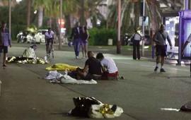 atentado-en-francia-camion-mata-a-73-personas-en-niza