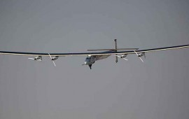 avion-solar-logra-darle-la-vuelta-al-mundo
