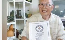 japones-de-96-anos-logra-titulo-universitario-y-gana-record-guinness
