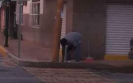 tras-polemica-imagen-vecinos-denuncian-inundaciones-en-la-calle-oaxaca