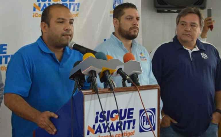 acusan-al-alcalde-de-ruiz-de-desviar-cerca-de-medio-millon-de-pesos