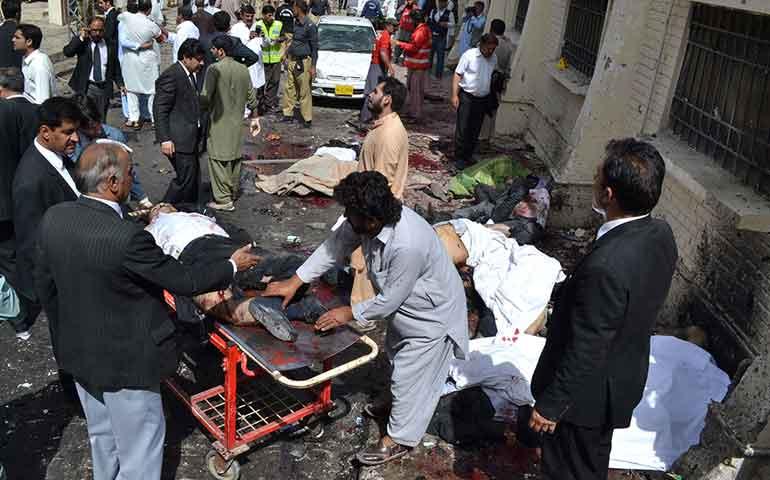 ataque-a-hospital-en-pakistan-provoca-70-muertos