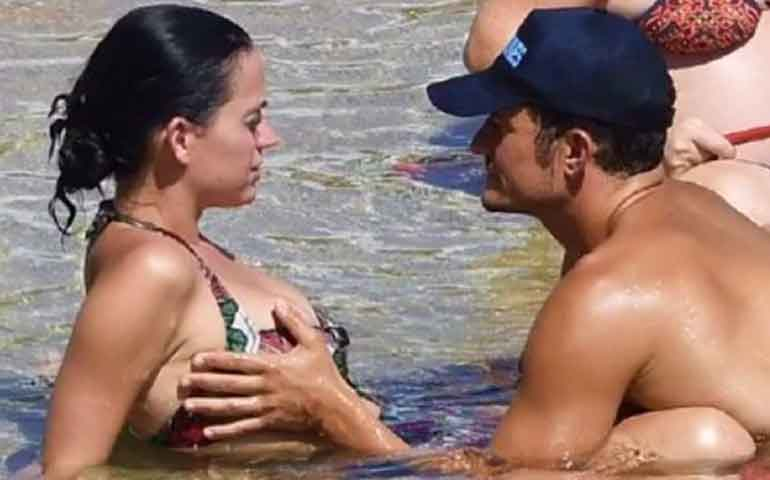 captan-a-orlando-bloom-manoseando-a-katy-perry