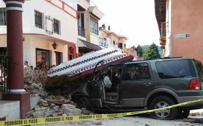choca-destruye-edificio-historico-y-mata-a-dos-personas