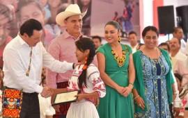 firman-acuerdo-en-nayarit-para-mejorar-la-vida-de-pueblos-originarios