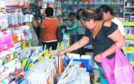 incremento-del-precio-del-dolar-sacude-lista-de-utiles-escolares