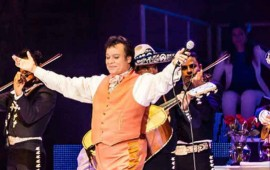juan-gabriel-recibira-homenaje-en-latin-american-music-awards