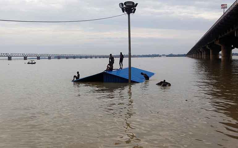mas-de-300-muertos-en-india-por-inundaciones