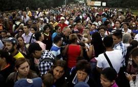 mas-de-90-mil-personas-cruzan-frontera-entre-colombia-y-venezuela