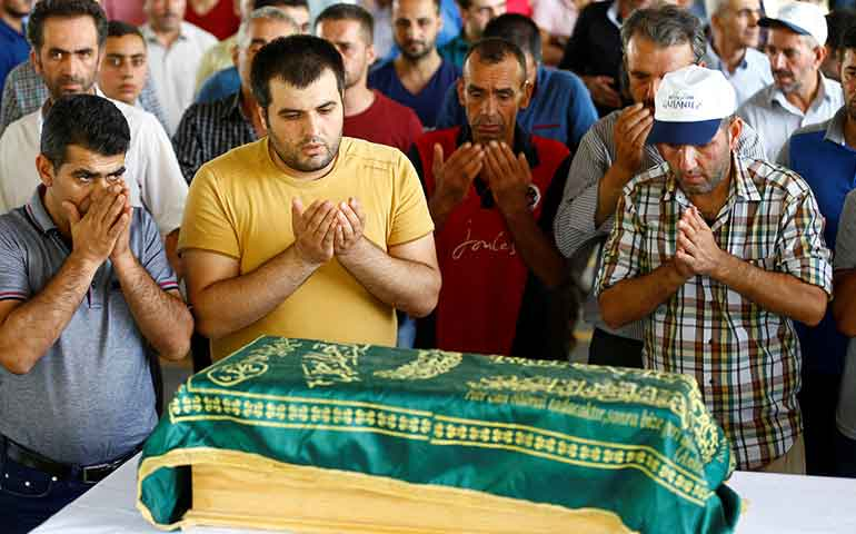 ninos-la-mayoria-de-los-muertos-en-ataque-a-boda-en-turquia