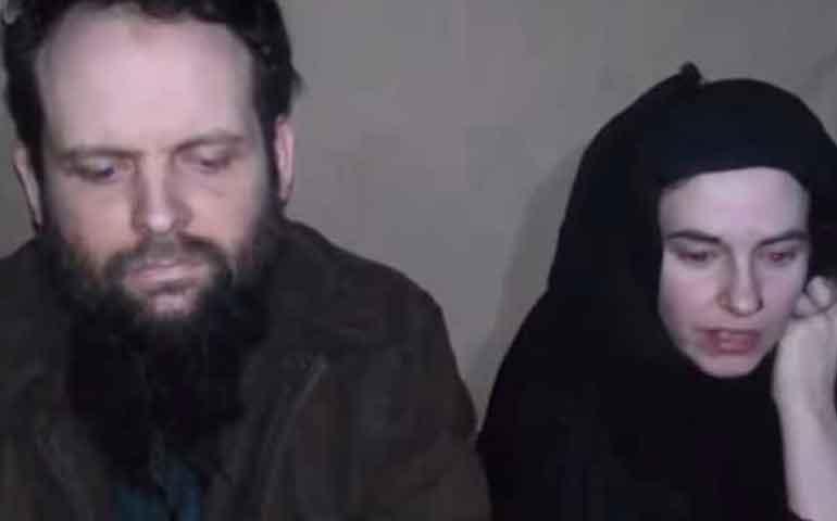 pareja-secuestrada-por-talibanes-en-2012-pide-ayuda