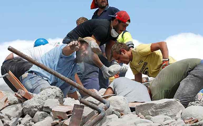 van-250-muertos-por-fuerte-sismo-en-italia