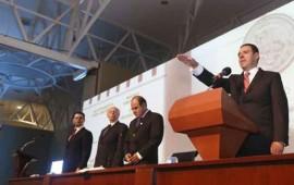 alejandro-tello-toma-protesta-como-gobernador-de-zacatecas