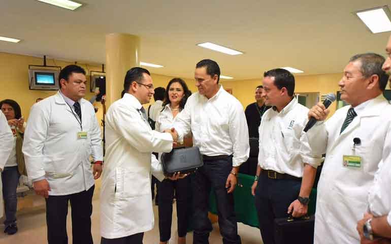 consolida-roberto-construccion-de-nuevo-hospital-del-imss-en-nayarit