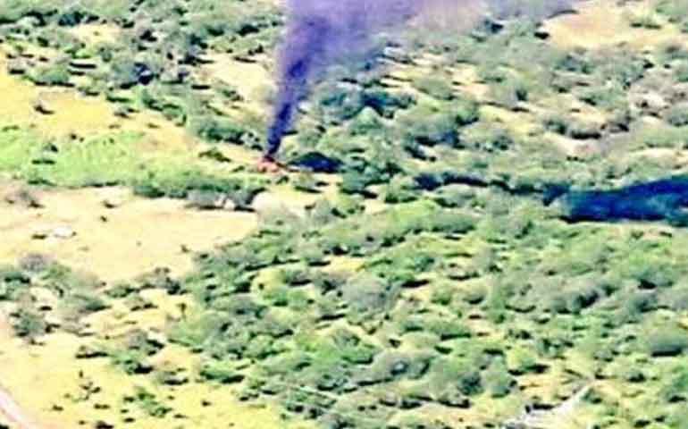 derriban-helicoptero-oficial-en-michoacan-mueren-4