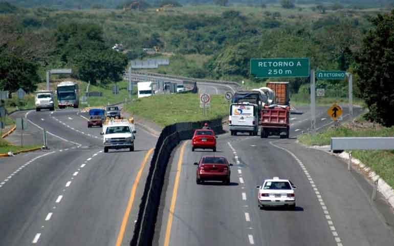 piden-hoteleros-del-sur-senaletica-en-autopistas-y-carreteras