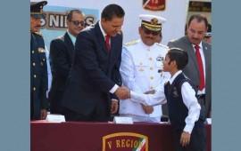 preside-roberto-ceremonia-por-el-aniversario-de-los-ninos-heroes