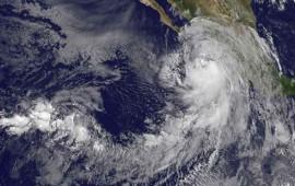 se-intensifica-newton-ya-es-huracan-categoria-1