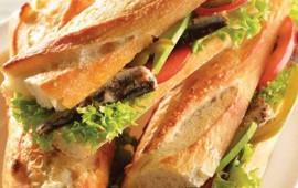 tortitas-de-sardina-con-mayonesa-de-jalapeño