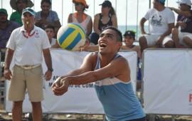 tres-juegos-al-hilo-en-voleibol-de-playa
