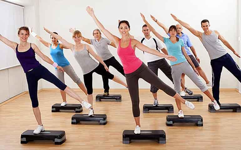 8-ejercicios-para-adelgazar-y-tonificar-tus-piernas