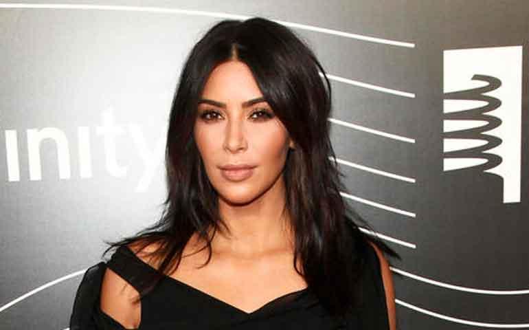 abogados-de-kim-kardashian-rechazan-que-el-robo-fuera-falso1