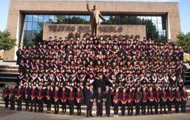 graduacion-de-licenciaturas-de-universidad-vizcaya-de-las-americas-generacion-2013-20160