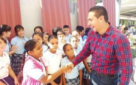 apoyar-a-la-educacion-no-es-un-gasto-es-una-inversion-hector-santana