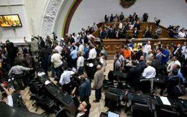 congreso-venezolano-aprueba-inicio-de-juicio-politico-contra-maduro